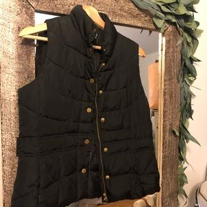 Black Puffer Vest (women's - petite medium)